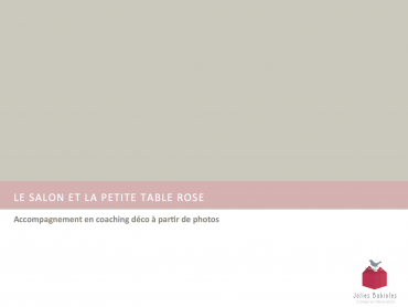 le salon et la petite table rose accompagnement en coaching déco