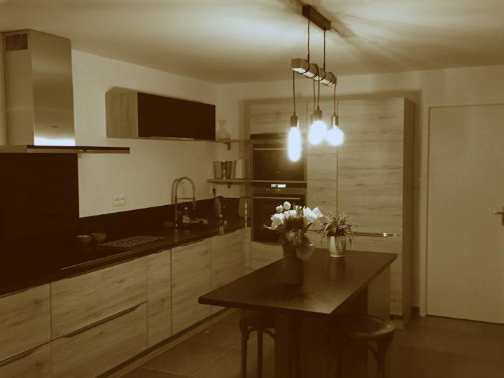 Projet déco : une cuisine ouverte et toute en longueur