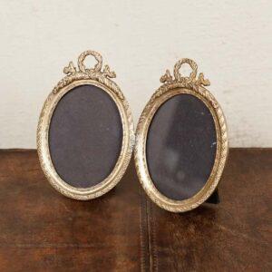 Double cadre oval vieil or et couronne de laurier