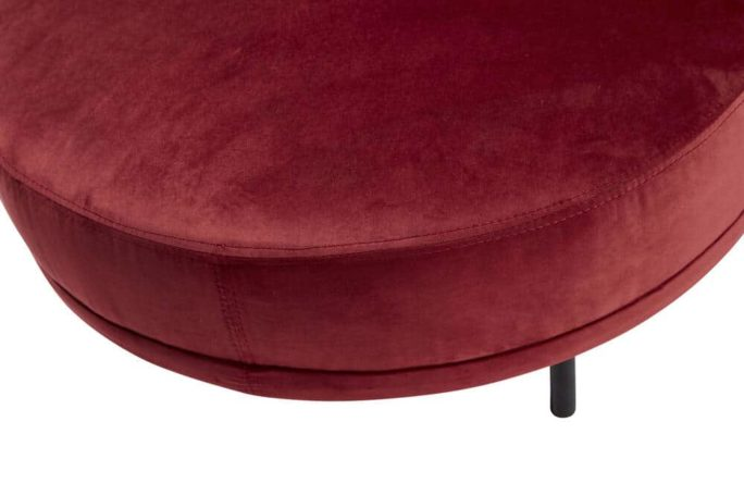 Pouf en velours rouge