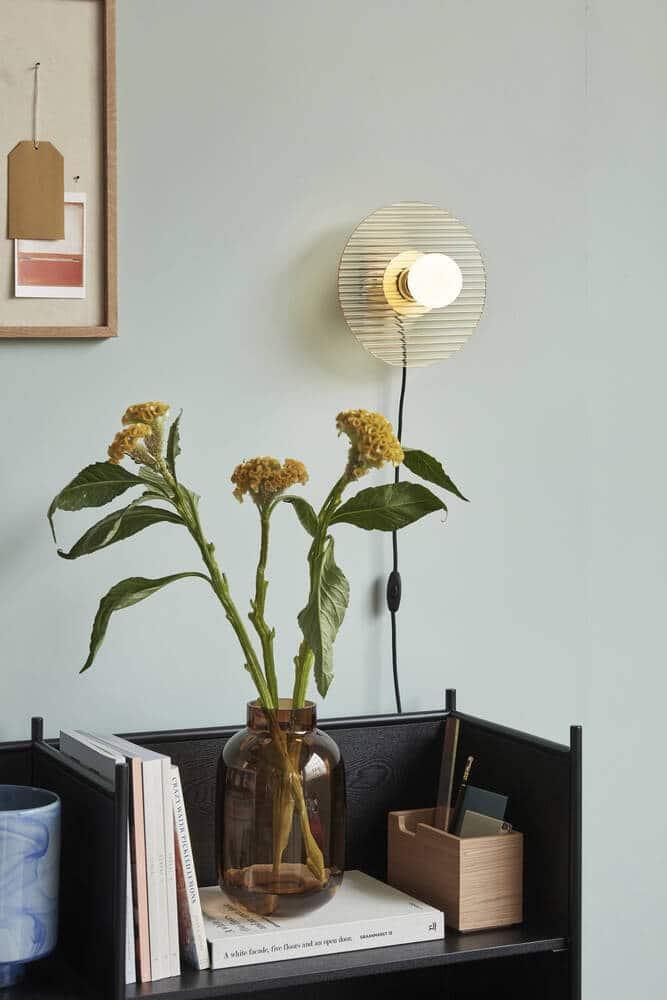 Applique avec ampoule verre ambré et métal doré