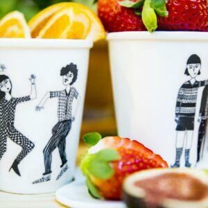 Tasse en porcelaine Dancing couple